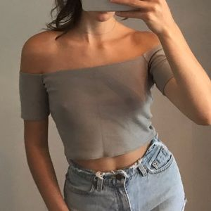 Wilfred FREE taupe off-the-shoulder crop